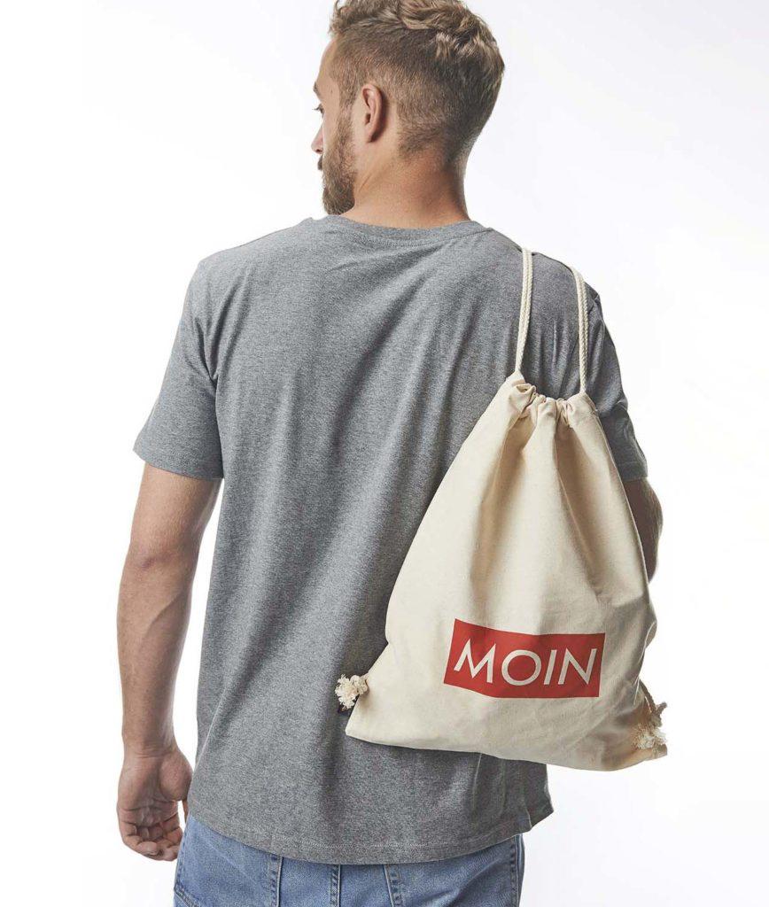 MOIN-Beutel-aufm-Rücken